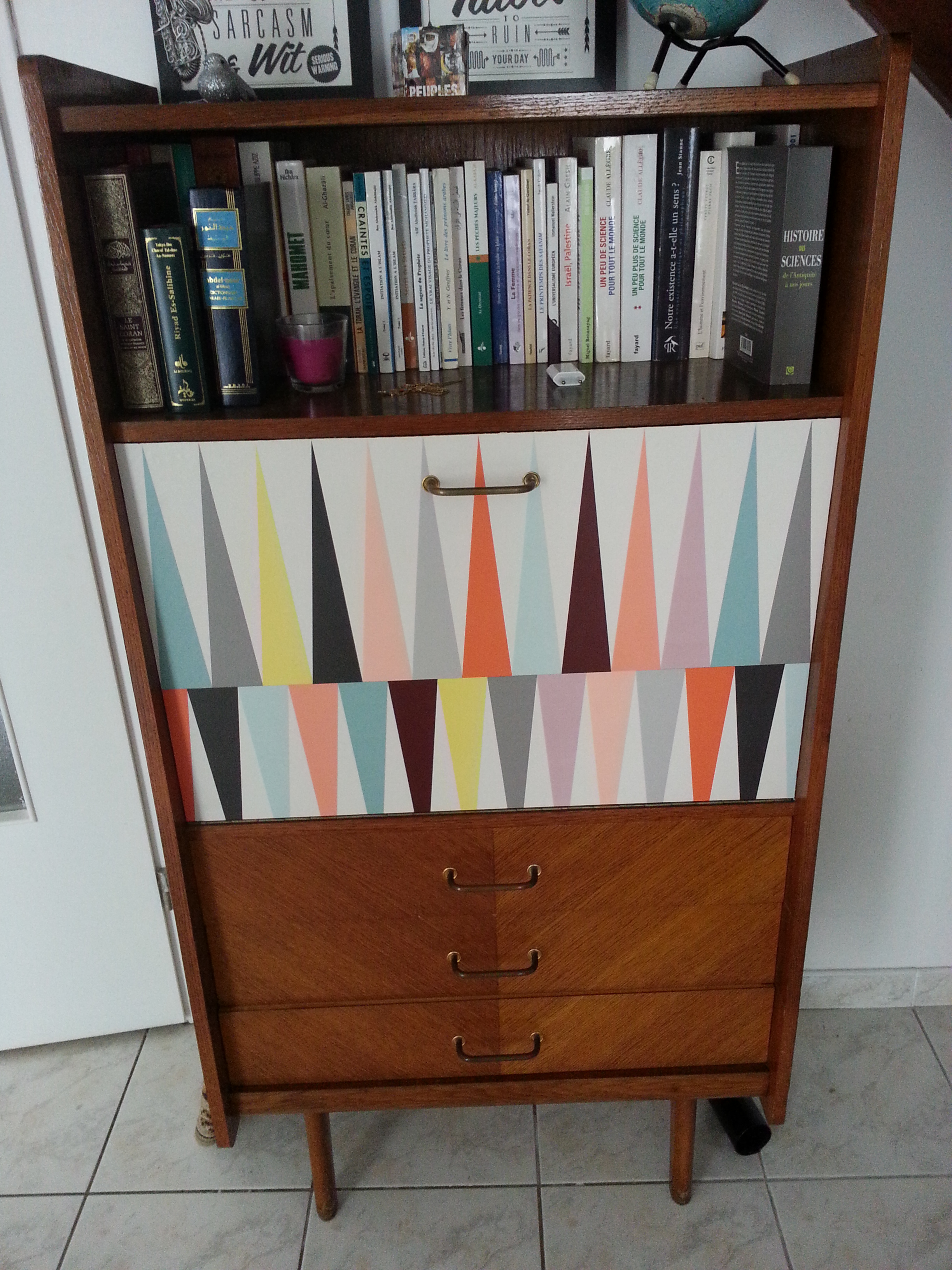 Meubles vintage en vente for Retro meuble